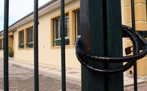 Τα σχολεία σε όλο το Λεκανοπέδιο θα παραμείνουν κλειστά μέχρι τις 10 το πρωί